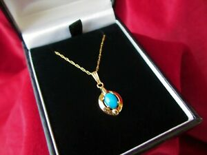 375 9ct Gold Pendant & Chain With Turquoise inset