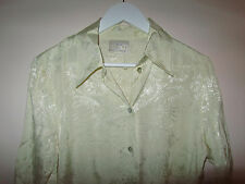 Vanilla - Light Gold Shiny Floral Pattern Hip Length Shirt / Top in Size 12