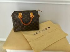 Louis Vuitton Speedy 25 - Authentic Louis Vuitton Speedy 25 Monogram Bag w Lock