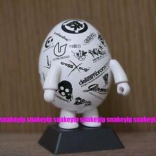 "Toy2R 2.5""Qee Logo Egg Keychain Threezero Brothersworker Brothersfree Tim Tsui"