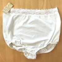 Vintage 60s Gossard Artemis Granny Panties White Nylon Lace size 6 NWT GD