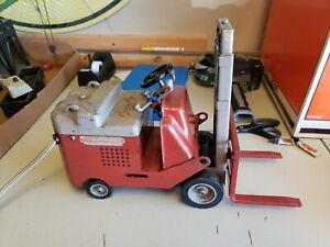 Vintage Crosby Urbana Towmotor Salesman Sample Electric Forklift Working #2
