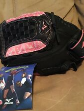 Ball Glove Fast Pitch L/H Throw Black Full Grain Leather Pink Accents NWT MIZUNO