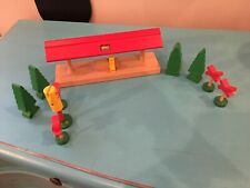 Brio Train Station Person Trees Stop And Go Light Railroad Crossing Signs