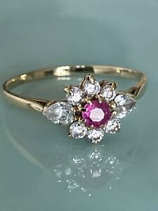 Stunning Vintage Ladies 9ct Gold Ruby & White Sapphire  Cluster Ring, Size Q