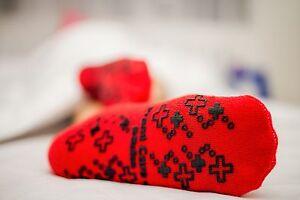4 x Premi Care Non-slip socks  / Skid-resistant socks RED L