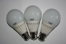 3x LED Bulb, 7W (equiv.  60W), 6000K (day colour), Bayonet type (B22), Free P&P