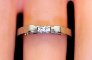 Vintage 14K White Gold Ladies .04 Ct RB Diamond Wedding/Accents Ring Size 5.5