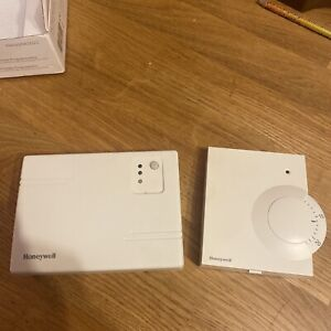 Honeywell Y6630D1007 Wireless Analogue Room Thermostat
