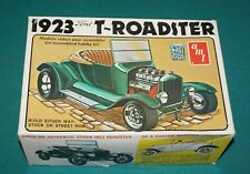 Ford 1923 T Roadster AMT 1/25 Complete But Engine Started.