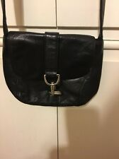 BLACK  LEATHER DKNY CROSS BODY HANDBAG