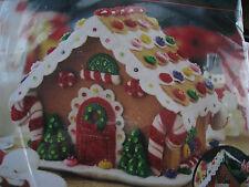 Bucilla FELT Applique Holiday Christmas Craft Kit,GINGERBREAD HOUSE,85261,2005
