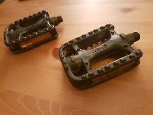 Longus SP877 Pedal Set
