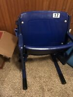 ORIGINAL VINTAGE MINNESOTA HUBERT H HUMPHERY METRODOME SEAT #17 H.H.H Dome Chair