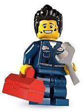 Lego minifigures serie 6 da collezione Meccanico con chiave inglese 8827