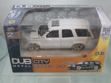 2002 Cadillac Escalade  DUB CITY Metal Model Kit 1:24  scale