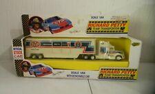 ROAD CHAMPS #43 STP RICHARD PETTY TRUCK TRANSPORTER HAULER 1/64 SCALE NIB