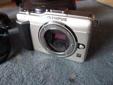 Cuidados del sistema cámara Olympus e-pl1 body plata incl. LCD-Hood + + comerciantes mercancía + +