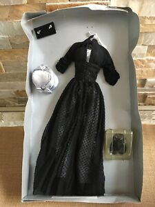 "Franklin Mint I LOVE LUCY  L.A. AT LAST Black Outfit Ensemble Set for 16"" Doll"