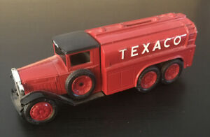 Texaco Coin Bank Metal Diecast Ertl Diamond 1930 2 1/2 Ton Tanker Truck