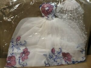 Quality White Embroidery Made for Sindy doll wedding ball gown dress UK seller