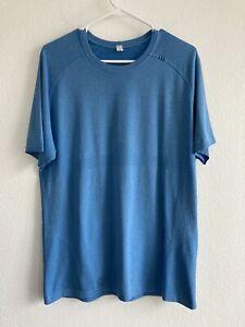 Lululemon Metal Vent Tech Men's L Blue Short Sleeve Shirt