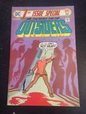 1st Issue Special#10 Awesome Condition 6.0(1976) Outsiders,Cool!
