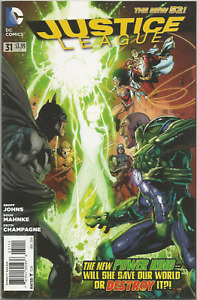 (2011) JUSTICE LEAGUE #31 1st print! 1st Full Appearance Jessica Cruz (HBO)!