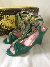 POETIC LICENCE Green LEATHER Peep Toe WEDGE Floral Ankle Tie SANDALS Size 8 NEW