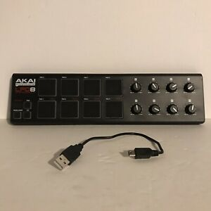 AKAI Professional LPD8 Laptop Pad Controller With USB Cable Tested Works