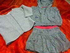 lot  9mois -1an  gilet neuf gris et ensemble gris  avec capuche  garçon ou fille