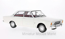 #028 - BoS Ford Taunus 17M (P7a) - weiss  - 1967 - 1:18