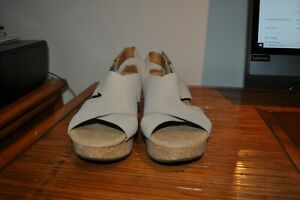 Clarks Collection Beige Sandals Size 10W Wedge Heel Slingback Soft Cushion
