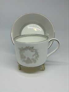 Wedgwood Winter White Teacup and Saucers  Porcelain - Set of 4