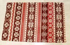 "St Nicholas Square Christmas Traditional Rug Rectangle 25"" x 36"" Snowflakes"