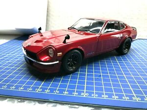 1/18 - KYOSHO - NISSAN 240 FAIRLADY Z MET. RED - NEW