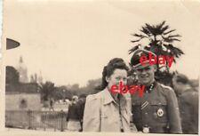 Orig. Foto Offizier mit Freundin Urlaub 1942 I.R. 9 Elitesoldaten