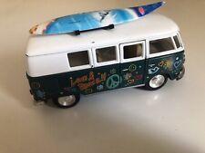Model SURFING VW 'BUS By KINSMART