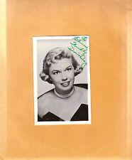 Doris Day-signed vintage post card-pose 17