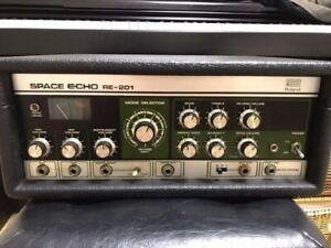 Roland RE-20 space echo delay guitar effect pedal RE-201