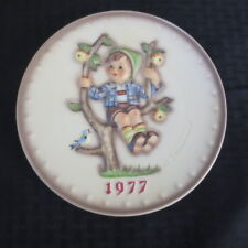 Goebel Hummel Annual Plate 1977 Apple Tree Boys