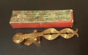 Victorian Brass Rocker Improved Balance Scales for 1 & ½ Sovereign Gold Coins,