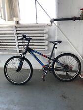 Trek MT220 Kids Bike w Front Suspension