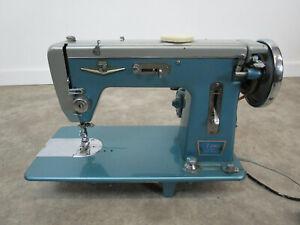 Vintage Montgomery Ward 7 Jewel Automatic Zig-Zag Sewing Machine Blue Retro