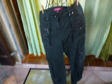 t 42 pantalon décontracté JENNIFER t bon état bcp de poches !!!toile coton