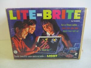 VINTAGE 1967 LITE-BRITE IN ORIGINAL BOX BY HASBRO TESTED WORKING