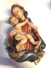 Holzfigur Wandfigur Mutter Maria mit Kind bunt Holzschnitzerei Holz Relief 21 cm