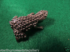 "925 Sterling Silver Moma Carrying Babies Surinam Toad Frog 1 1/2"" Brooch Broach"