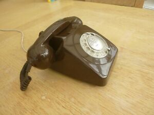 Vintage Telephone  rotary dial (1981)