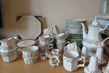 JOHNSON BROTHERS *Eternal Beau* TABLE & TEA WARES Plates, Bowls,  Cups & Saucers